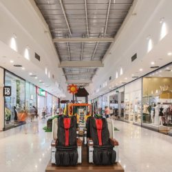 Iluminação LED em shoppings
