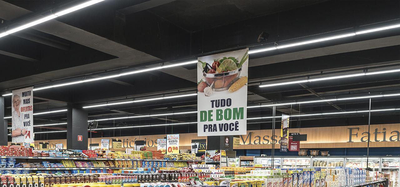Iluminação LED em supermercados